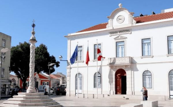 A história entre a Câmara Municipal de Vila Franca de Xira e a Neves & Ferrão