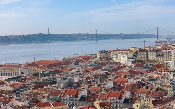 Lisbon proposals to increase the IMI of vacant buildings six fold